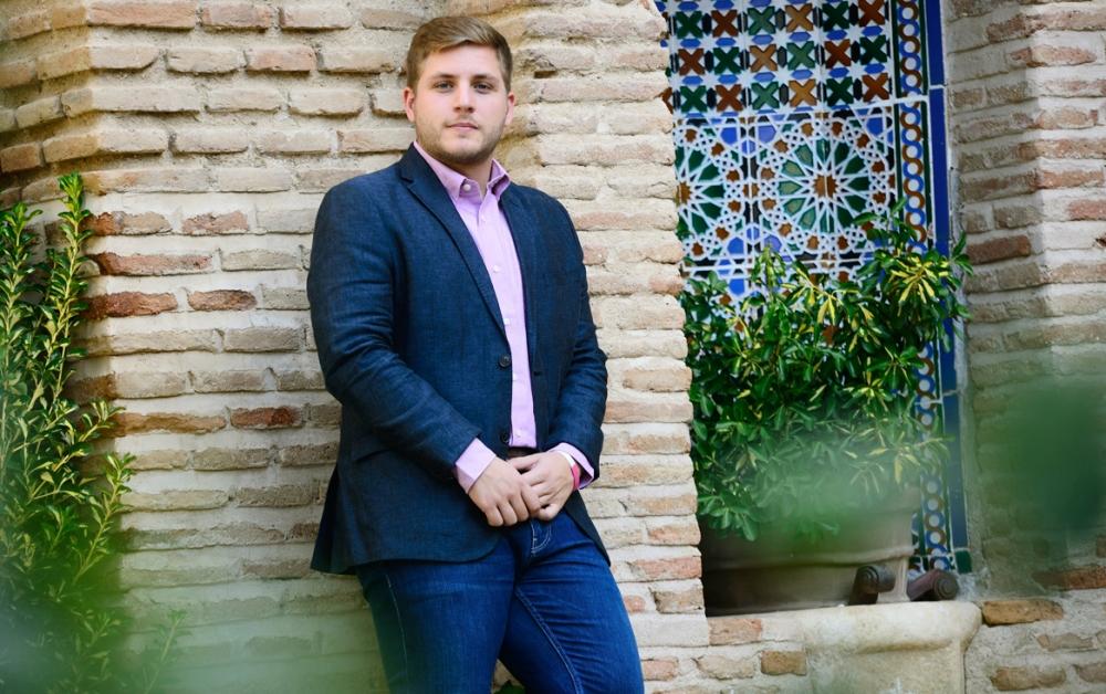 Nacho Hernando25 ¿la MásBisnieto Y Sombra De Socialista Canas lJcK1F