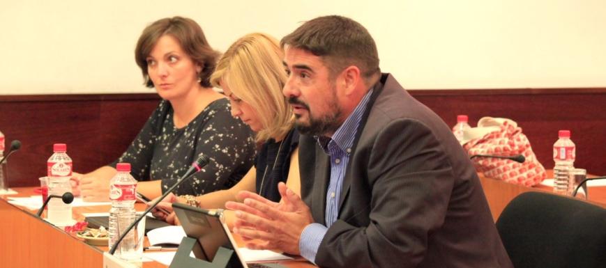 Rafael Esteban pide que Cospedal explique su patrimonio en las Cortes