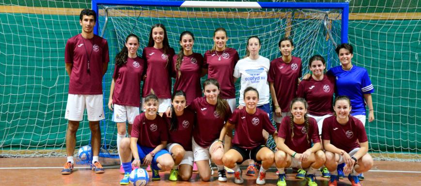 Las chicas cadetes y sénior del CD Maristas Toledo