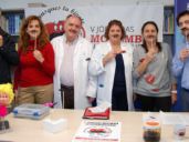 Equipo del Centro de Atención Primaria de Navamorcuende, posando contra el tabaquismo para Movember