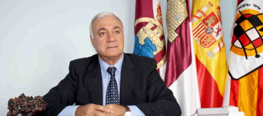 Fermín Sánchez Molina, homenajeado por el mundo arbitral
