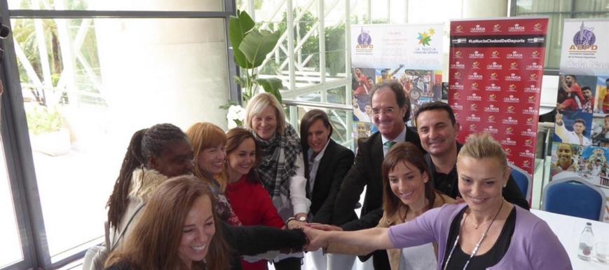 Sandra Sánchez, con representantes de la AEPD