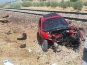 Un tren arrolla a un turismo que se había quedado averiado en las vías en Domingo Pérez (Toledo)