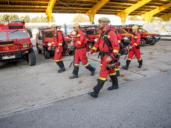 En el cuartel general de la UME, la Unidad que lleva esperanza al infierno en las emergencias