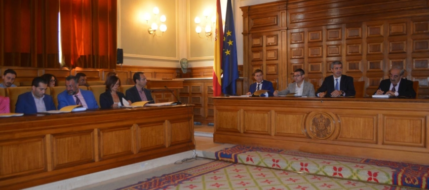 Imagen del Pleno Extraordinario en la Diputación de Toledo