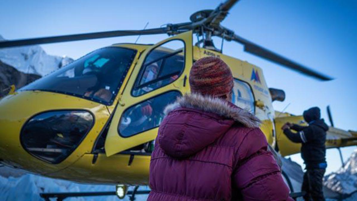 El rescate de Óscar Cardo en el Everest. Foto: DIego Martínez