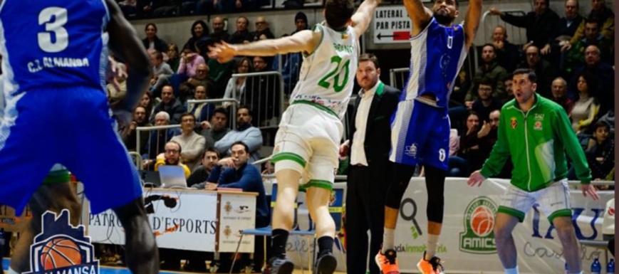 Afanion Almansa no pudo evitar la derrota ante TAU Castelló