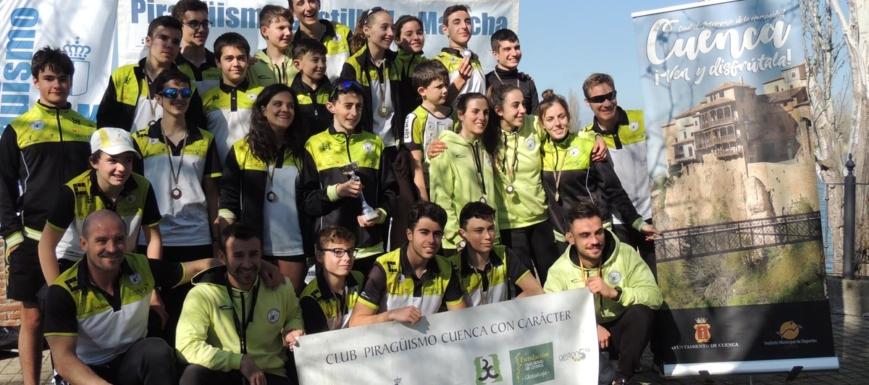 Foto de familia del Club Cuenca Con Carácter en Las Herencias